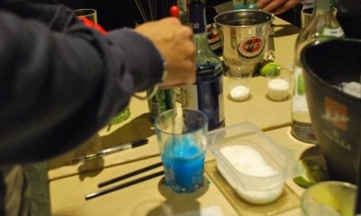 Making Cocktail Blu